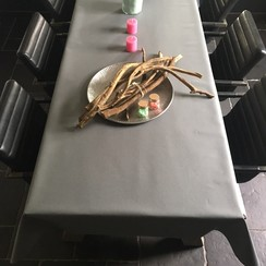 Gecoat tafellinnen - donker grijs