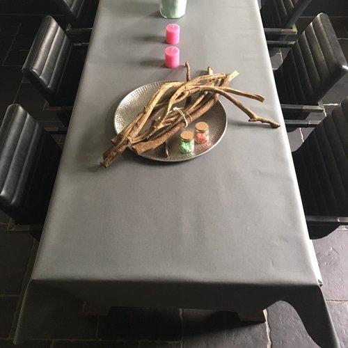 Beschichtete Tischwäsche dunkelgrau