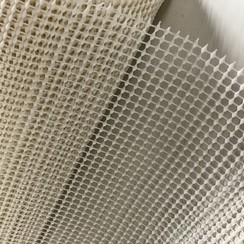 Anti-slip on a roll