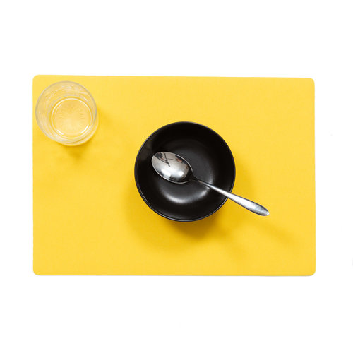 Placemats Uni yellow packed per 12 pieces