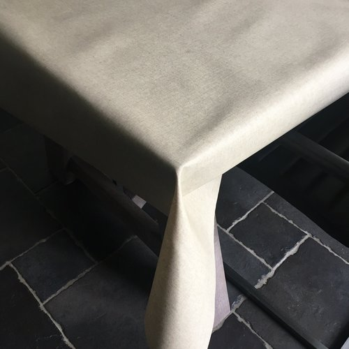Coated Table linen naturally