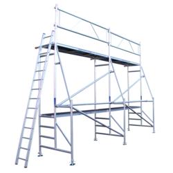 Echafaudage de rénovation 8 x 5 m hauteur de travail