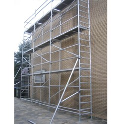Echafaudage de facade 0,75 m x 7,50 m x 8,00 m