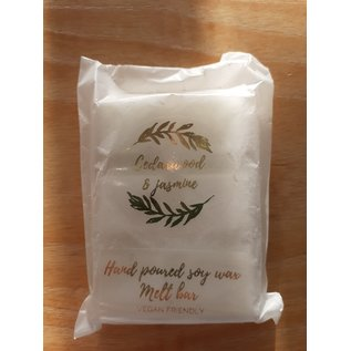 Izzy loops Vegan Soy Wax Melts Cedarwood & Jasmin 6 cubes