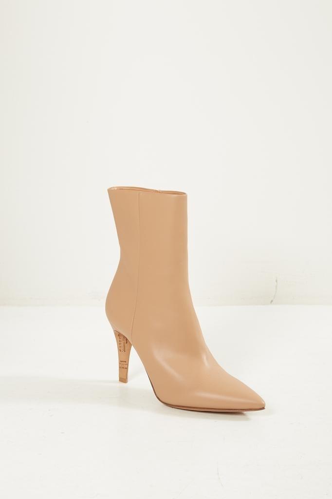 Maison Margiela - Pointed toe ankle boots.