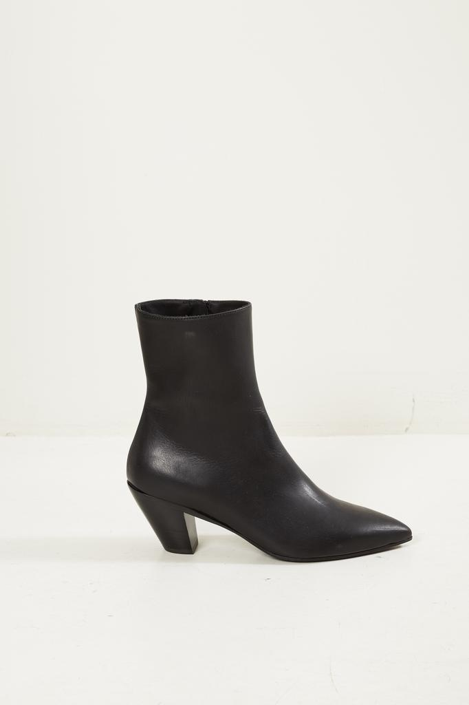 - X4160 ANKLE BOOT