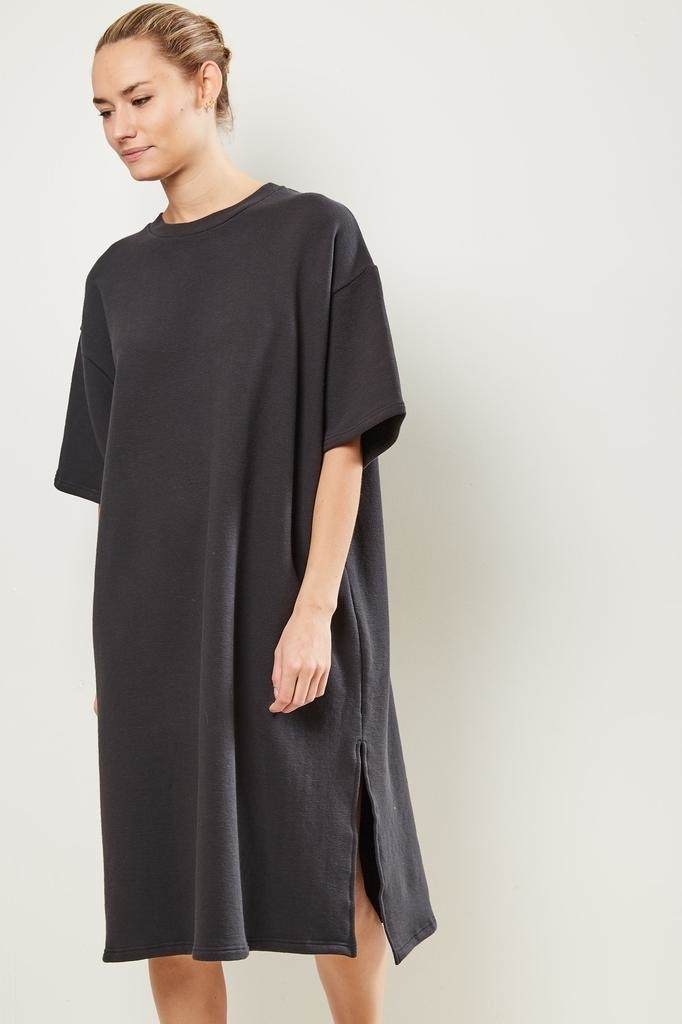 Can Pep Rey - Niki oversized midi dress Caviar