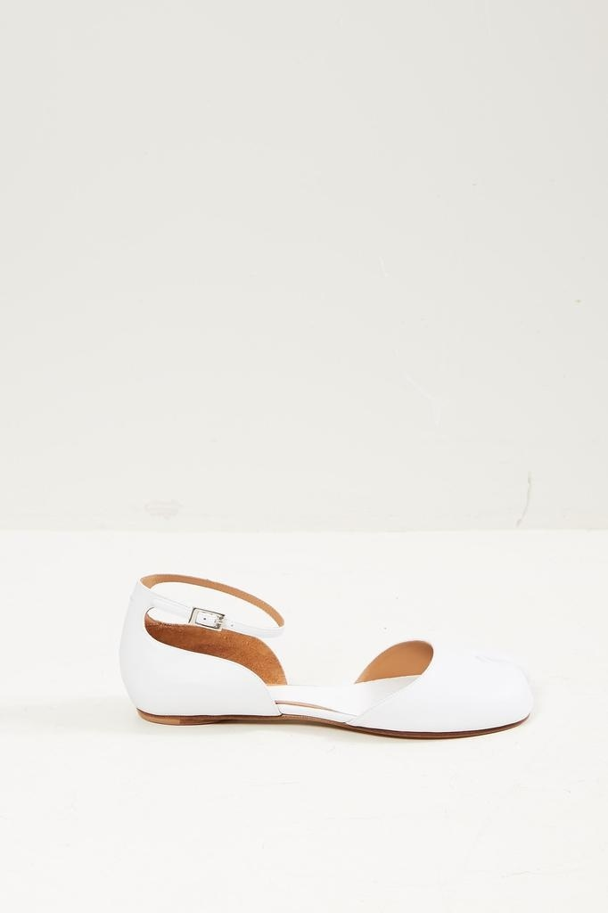 Maison Margiela - Ankle strap Tabi ballerina shoes.