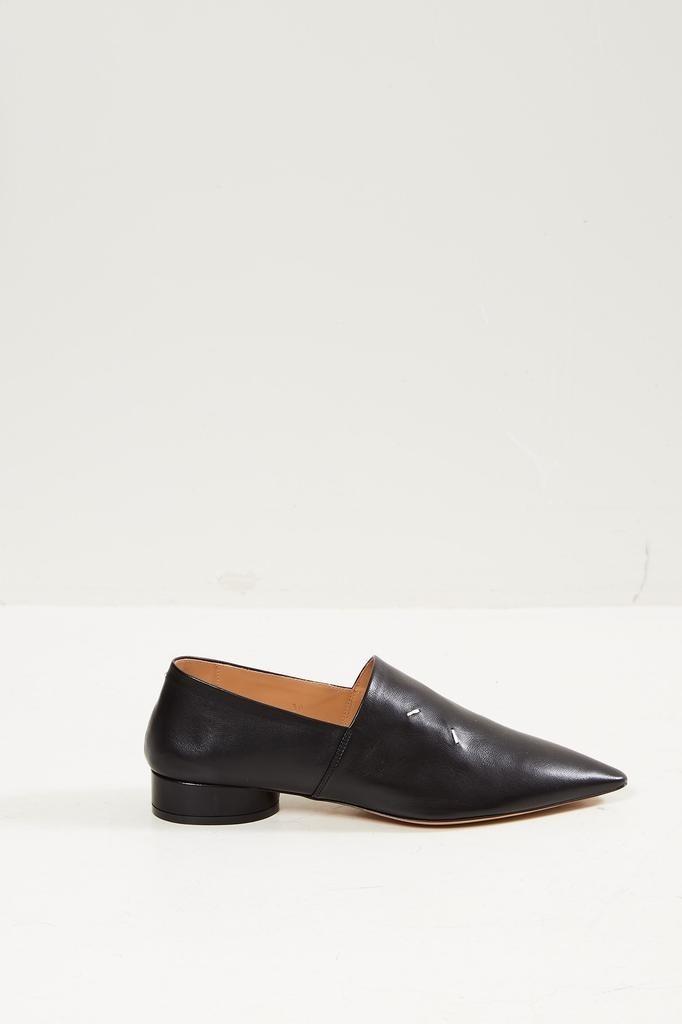 Maison Margiela - Pointed toe loafers.