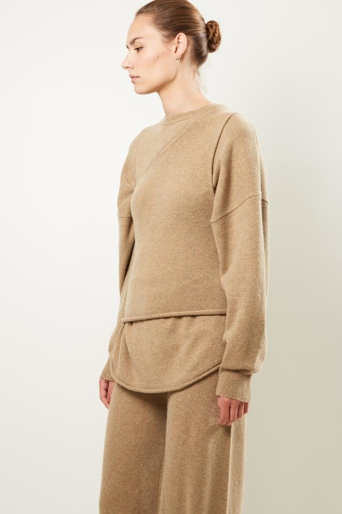 extreme cashmere - No108 asymetric one shoulder top dust harris