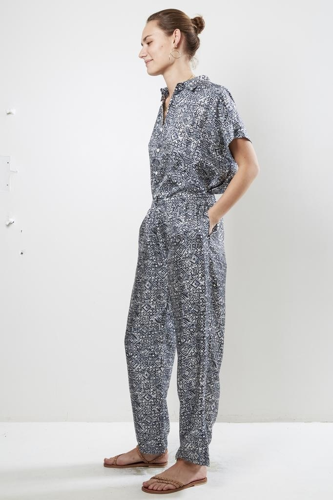 bananatime - batik veins indigo easy pants