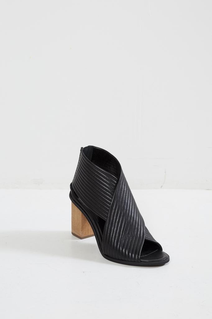 Christian Wijnants - Heeled Ante sandals.