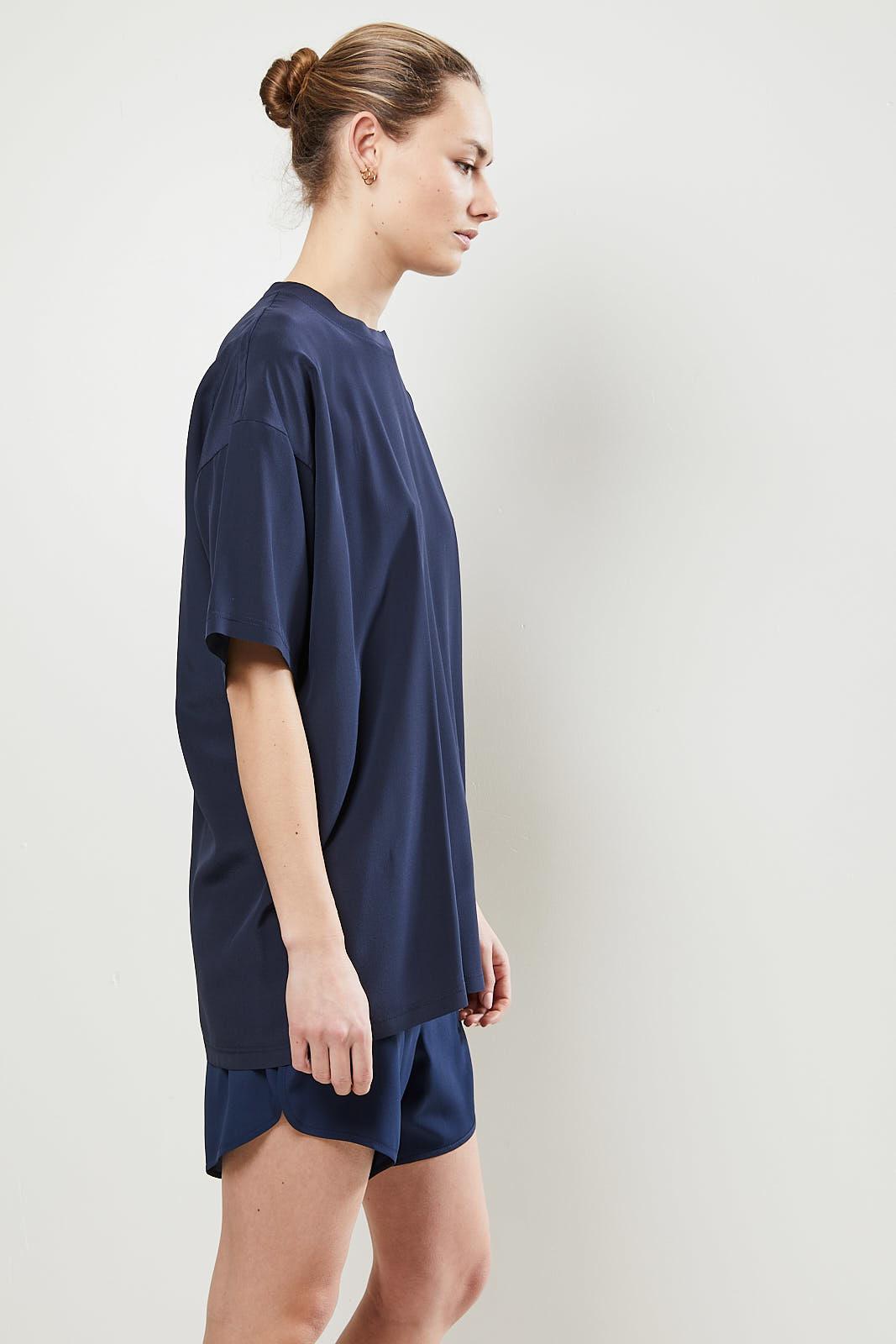 Monique van Heist - LOL mini shortsleeve silk t-shirt navy