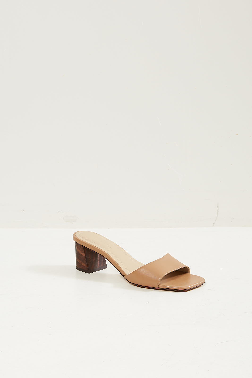 Mari Giudicelli Carmen sandal