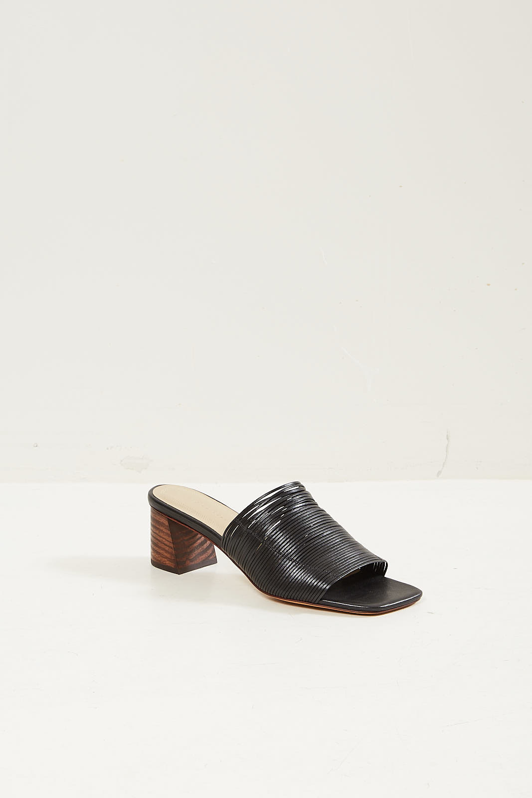 Mari Giudicelli Gisele sandal preto