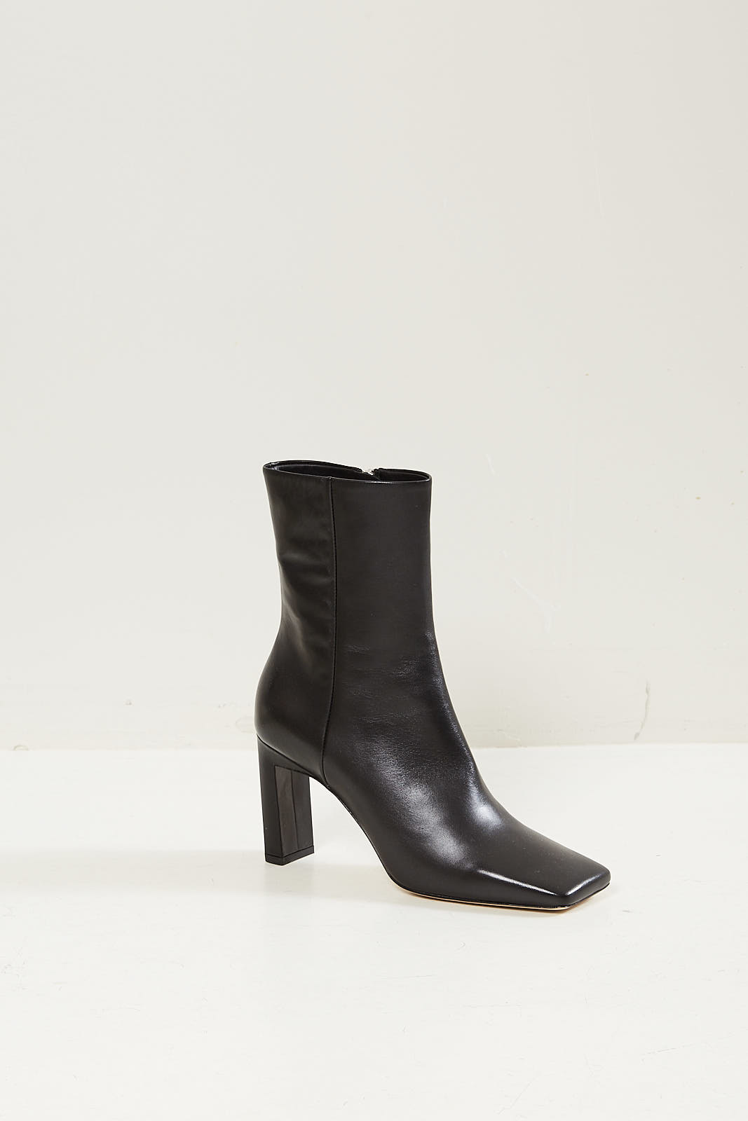 Wandler Isa short leather boot black