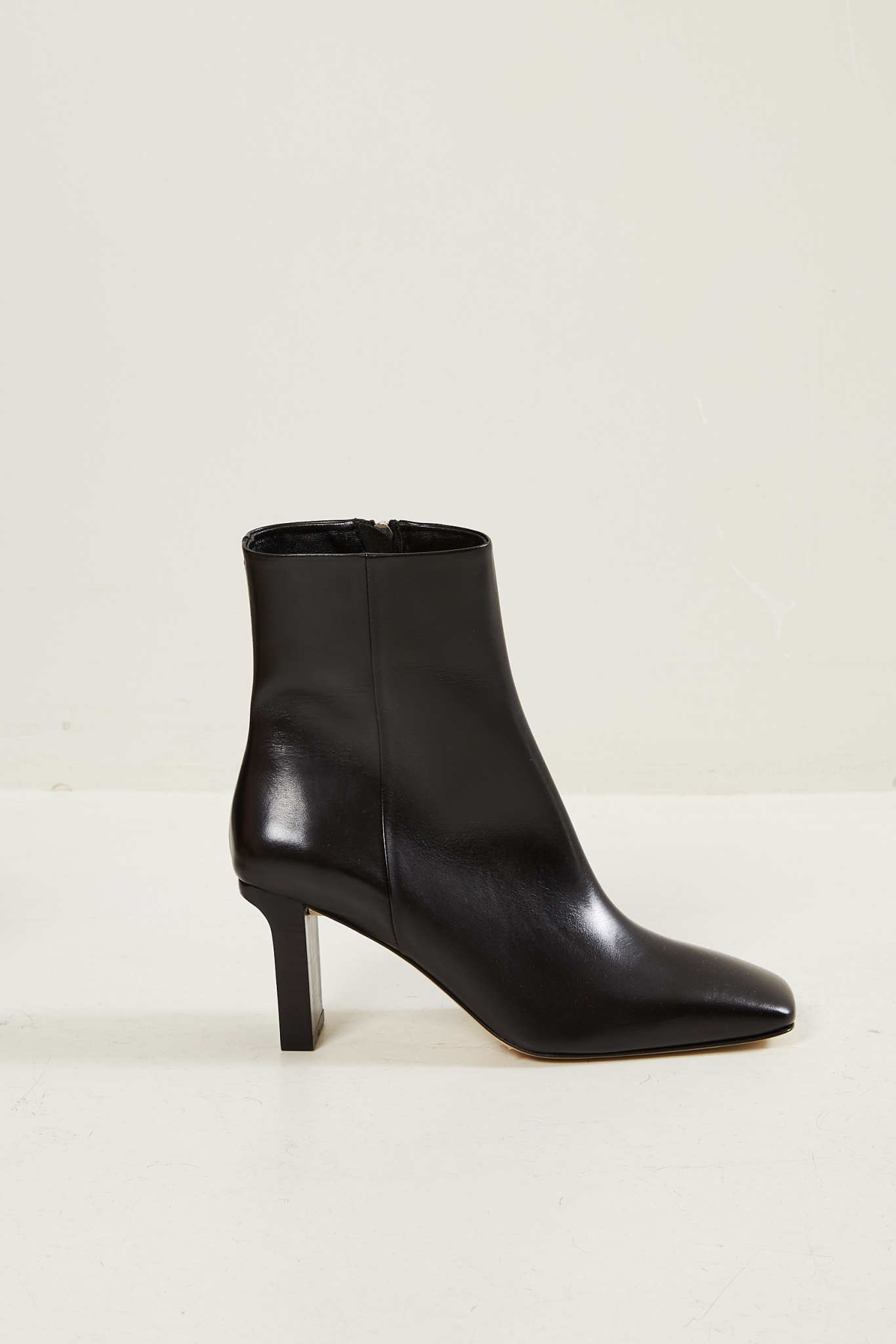Aeyde - Billy calf leather boots black