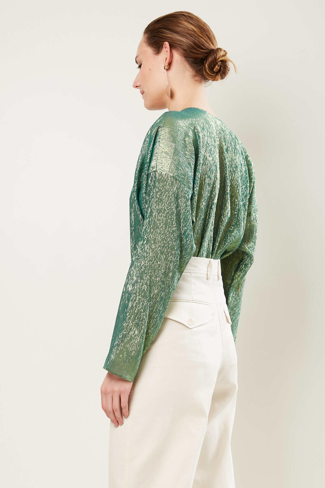 inDRESS - Sparkling v-neck blouse