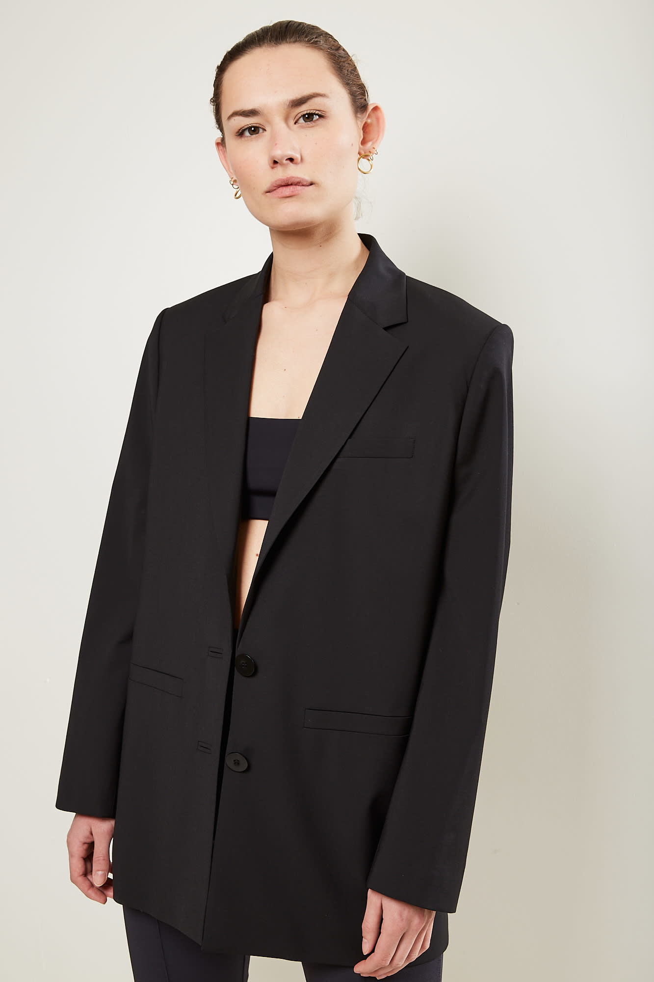 Gauge81 Saba open back blazer