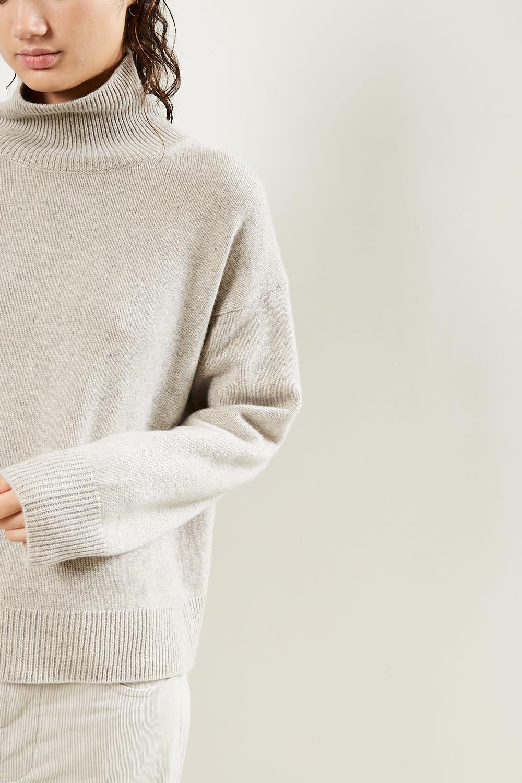 Sofie d'Hoore - Moore finest cashmere turtleneck sweater