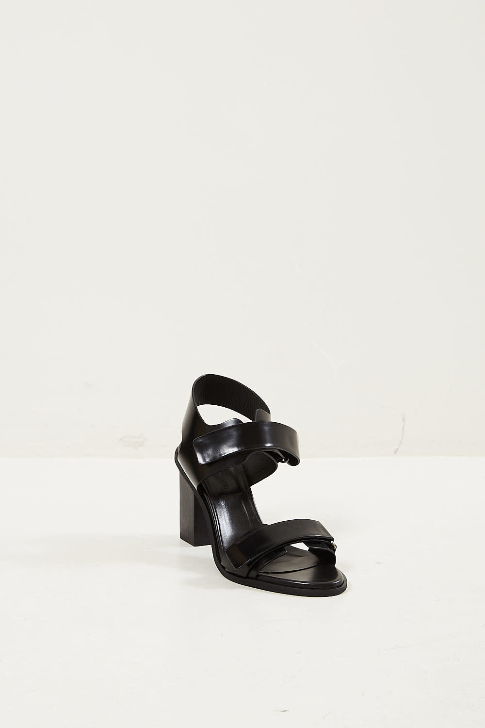 Christian Wijnants Avind bovine leather sandals