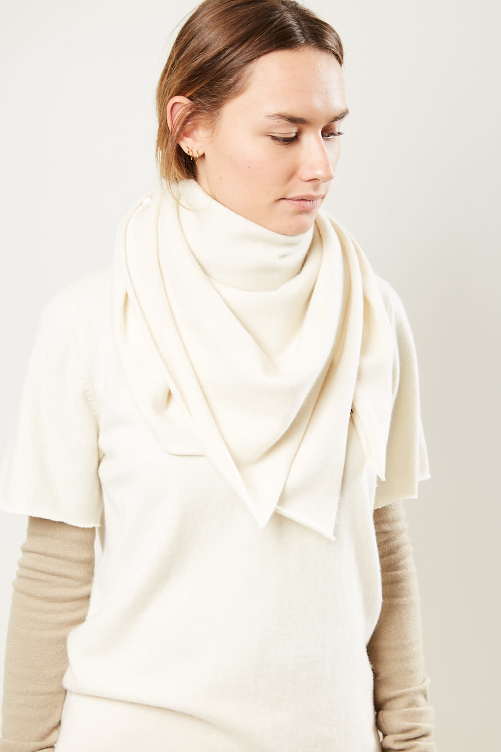 extreme cashmere - No111 carre square scarf cream