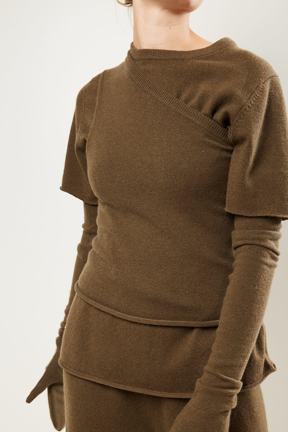 extreme cashmere No108 asymetric one shoulder top brown navy