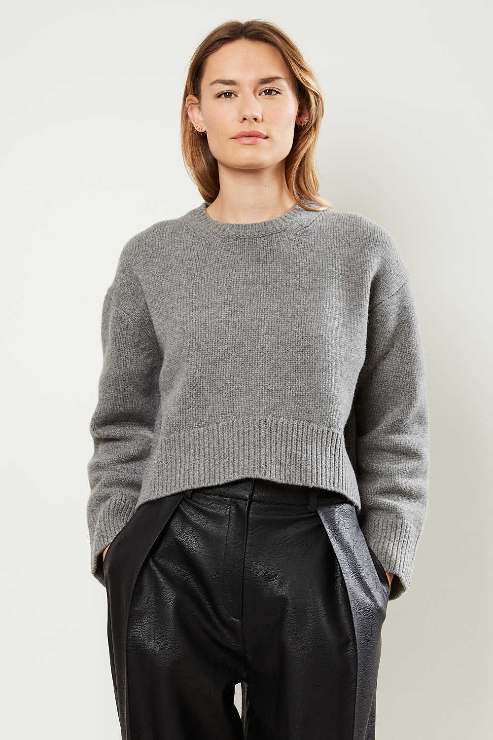 Drae Cashmere round knit pullover