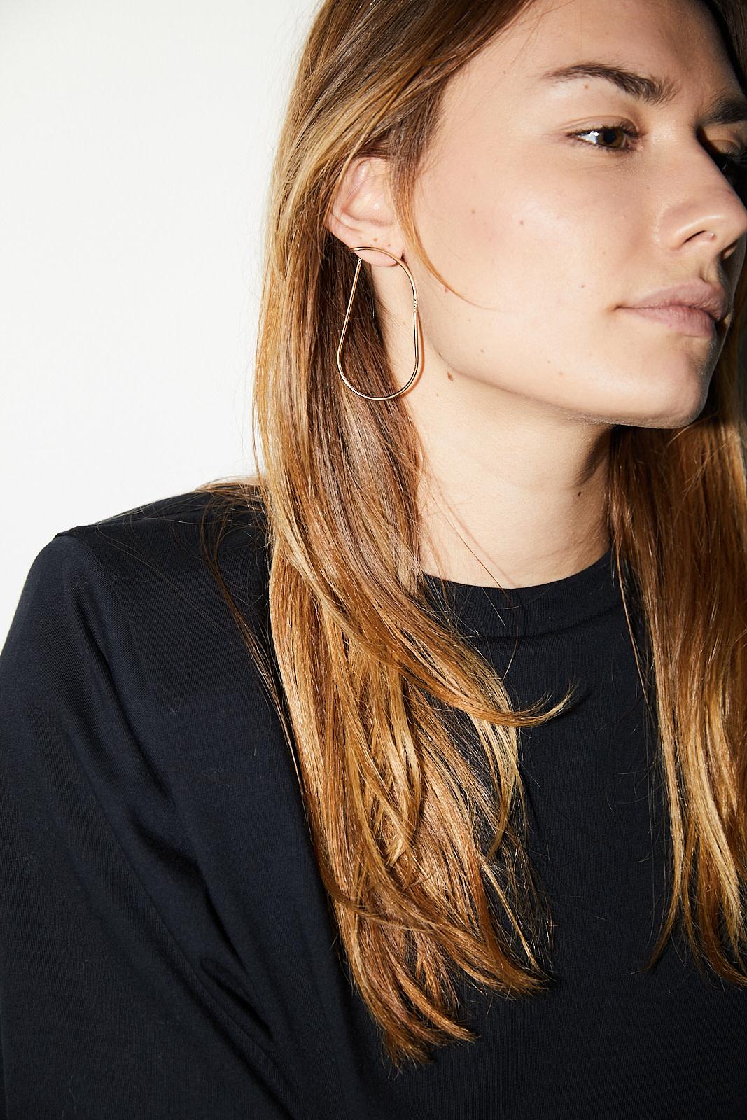 Annika Inez Infinite fragment earrings