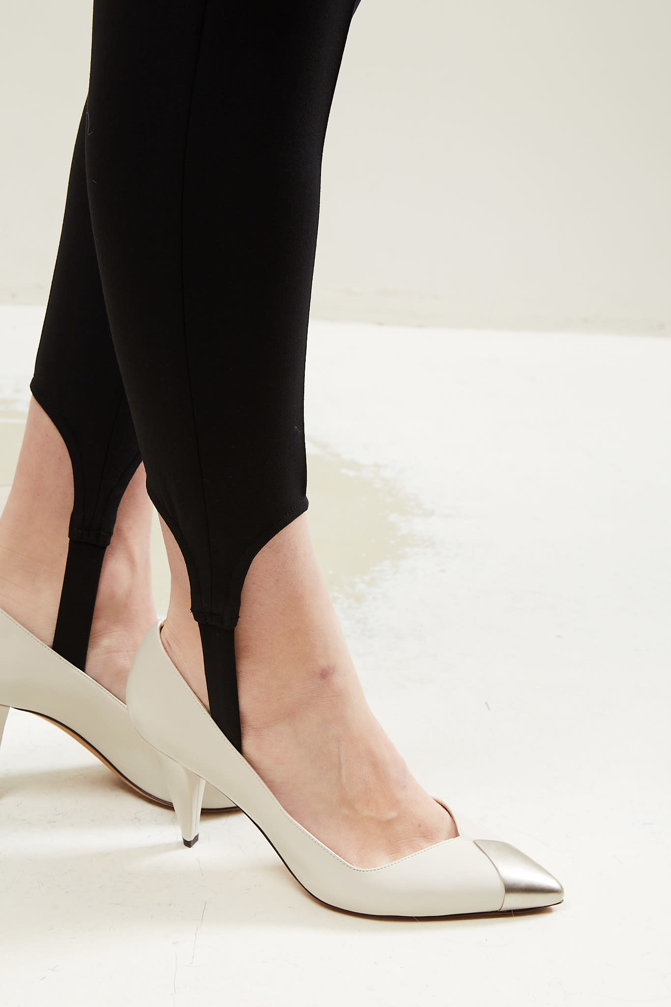 Isabel Marant Palda pointy metalic pumps