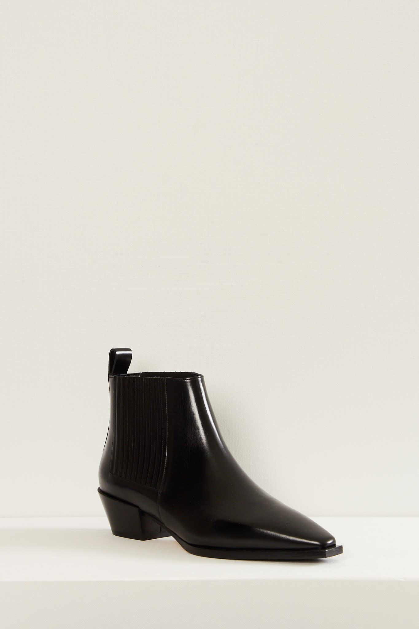 Aeyde Bea calf leather boots