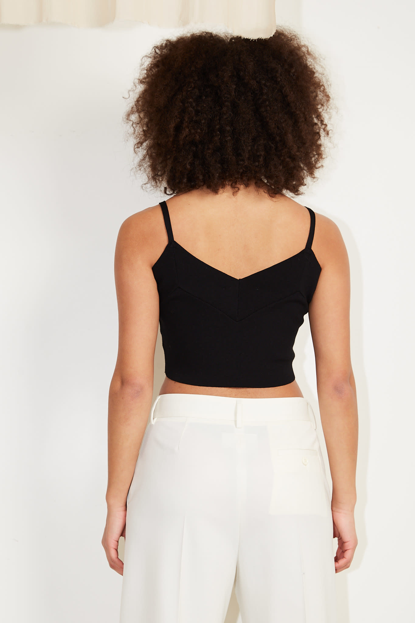 Drae - Crop sleeveless knitted top
