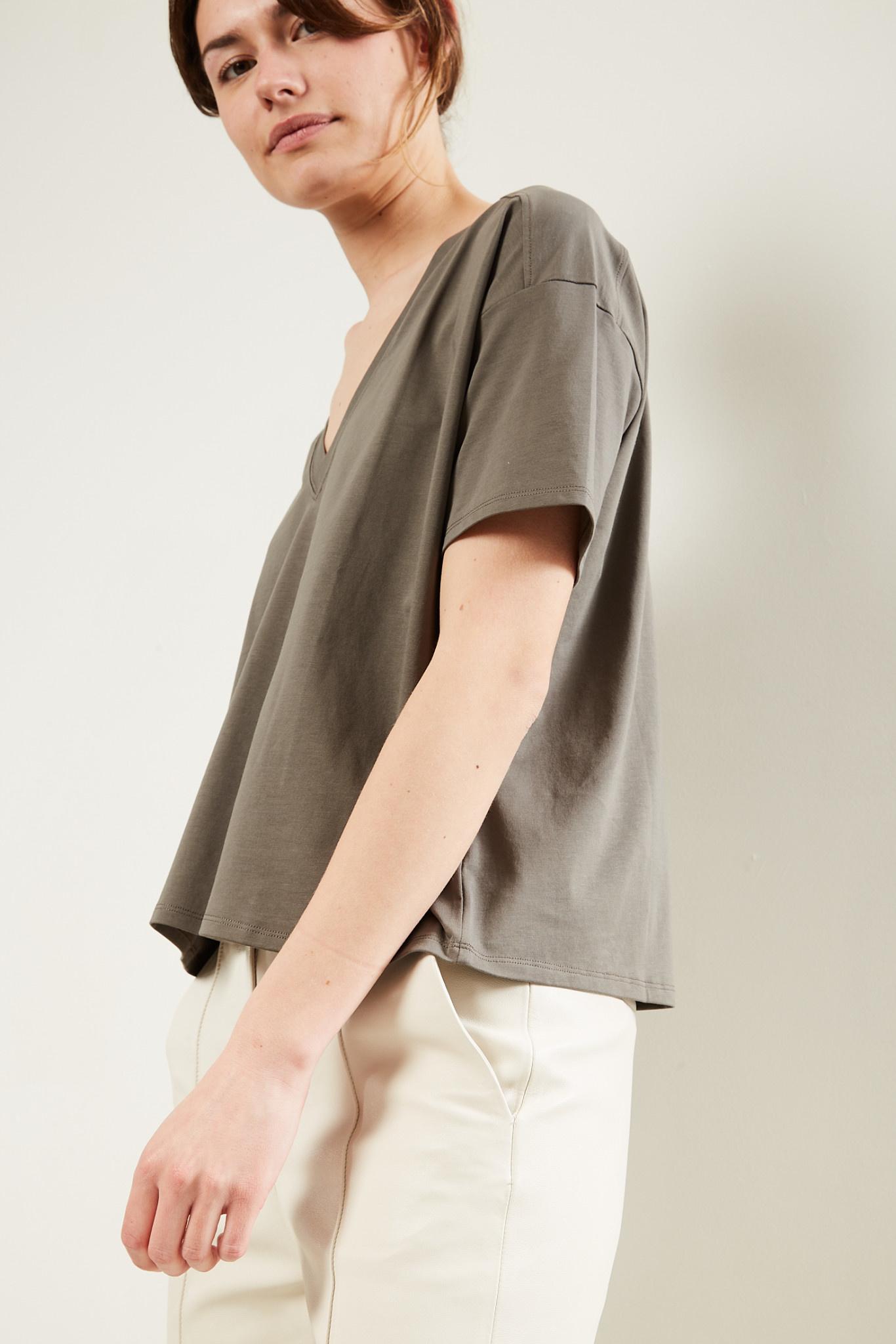 loulou studio - Faaa tshirt col v
