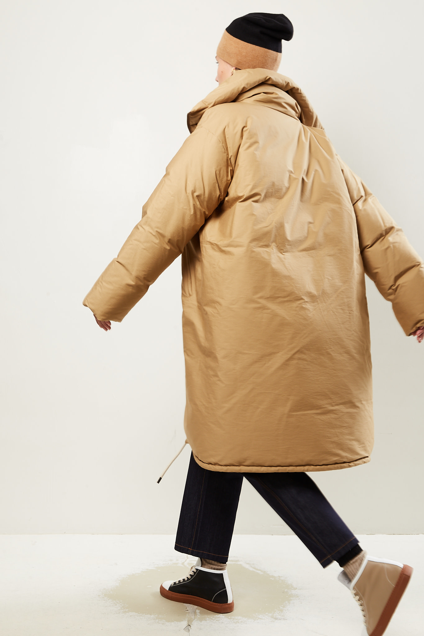 Sofie d'Hoore - One cowndown filled coat