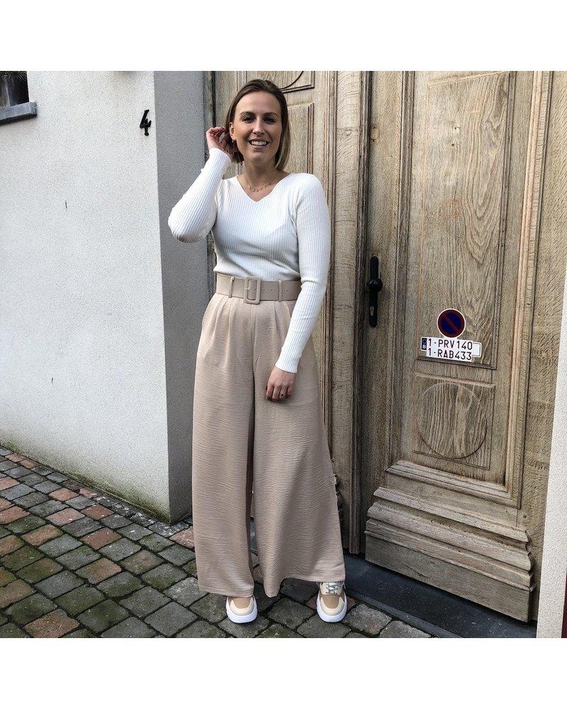 Pantalon beige met riem