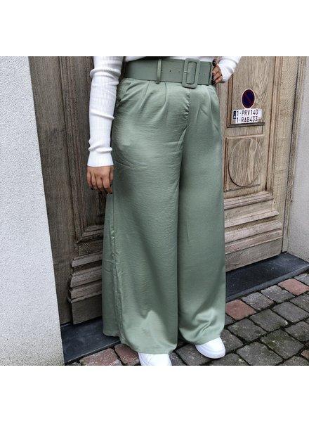 Pantalon zachtgroen met riem