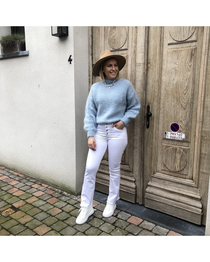 Grofgebreide trui ijsblauw