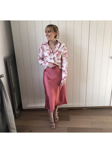 Satin skirt dark pink
