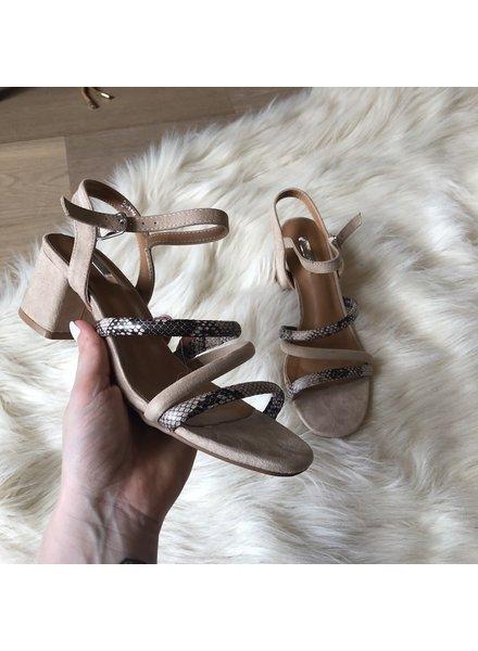 Snake heels beige