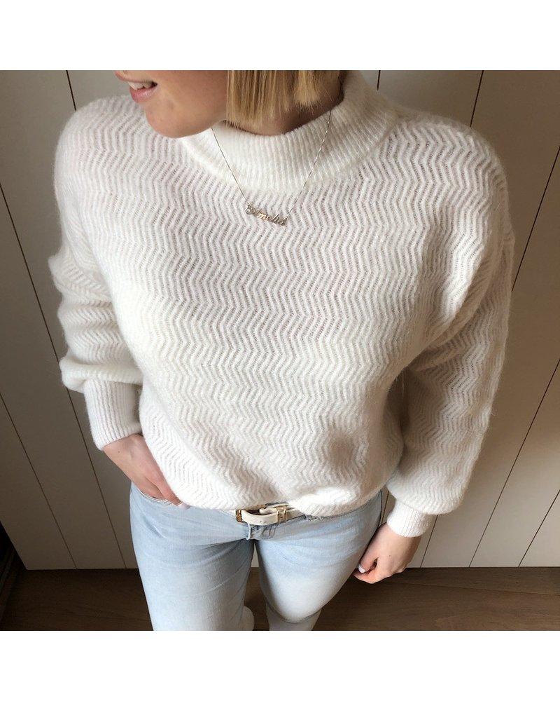 detail knit white