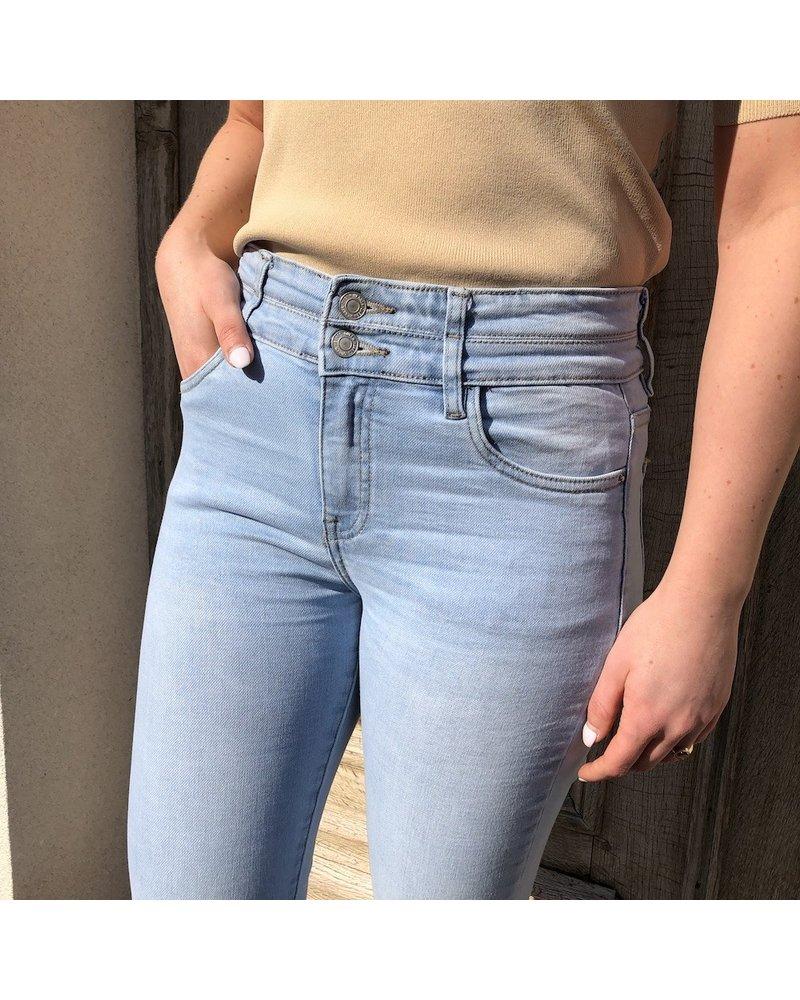 Super high waist jeans knopen