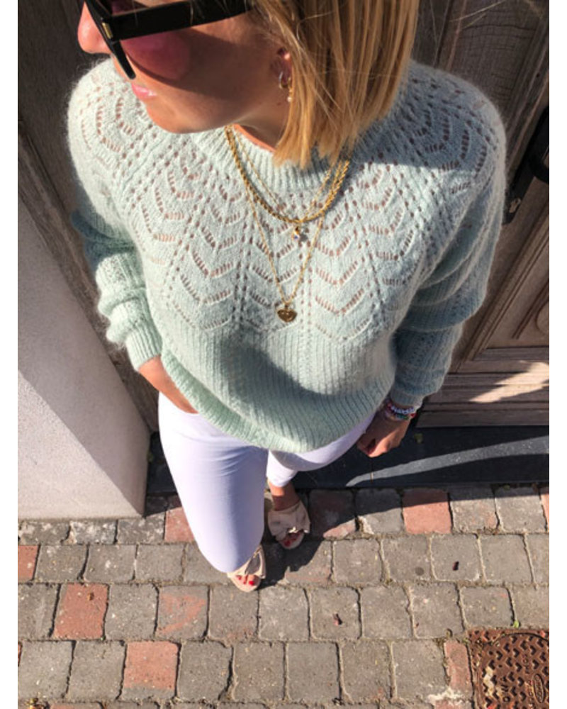 Soft summer knit mint