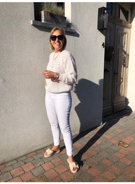 Soft summer knit white