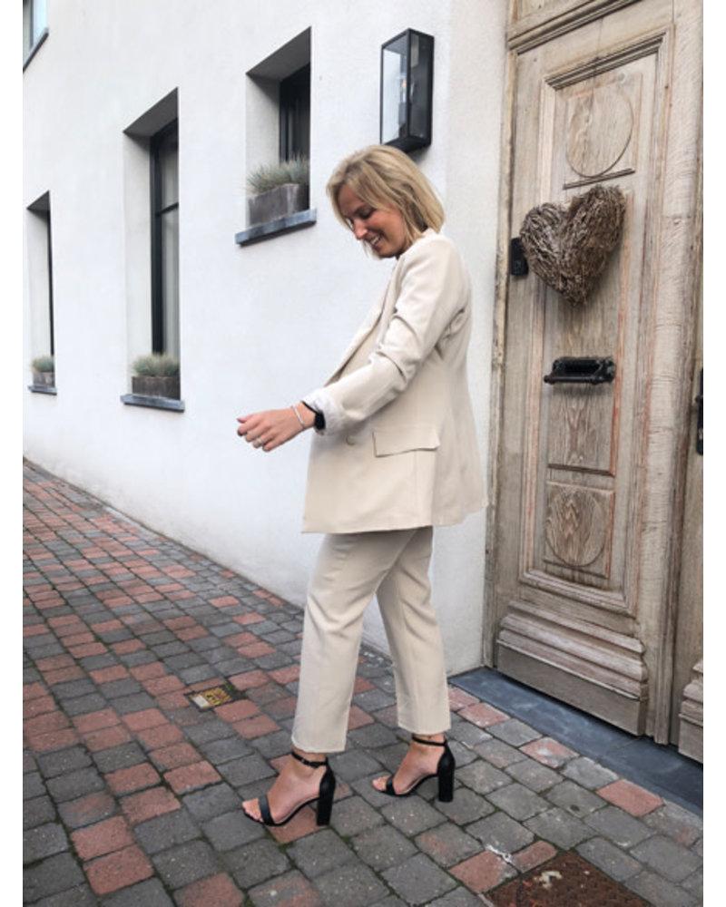 Classy suit beige