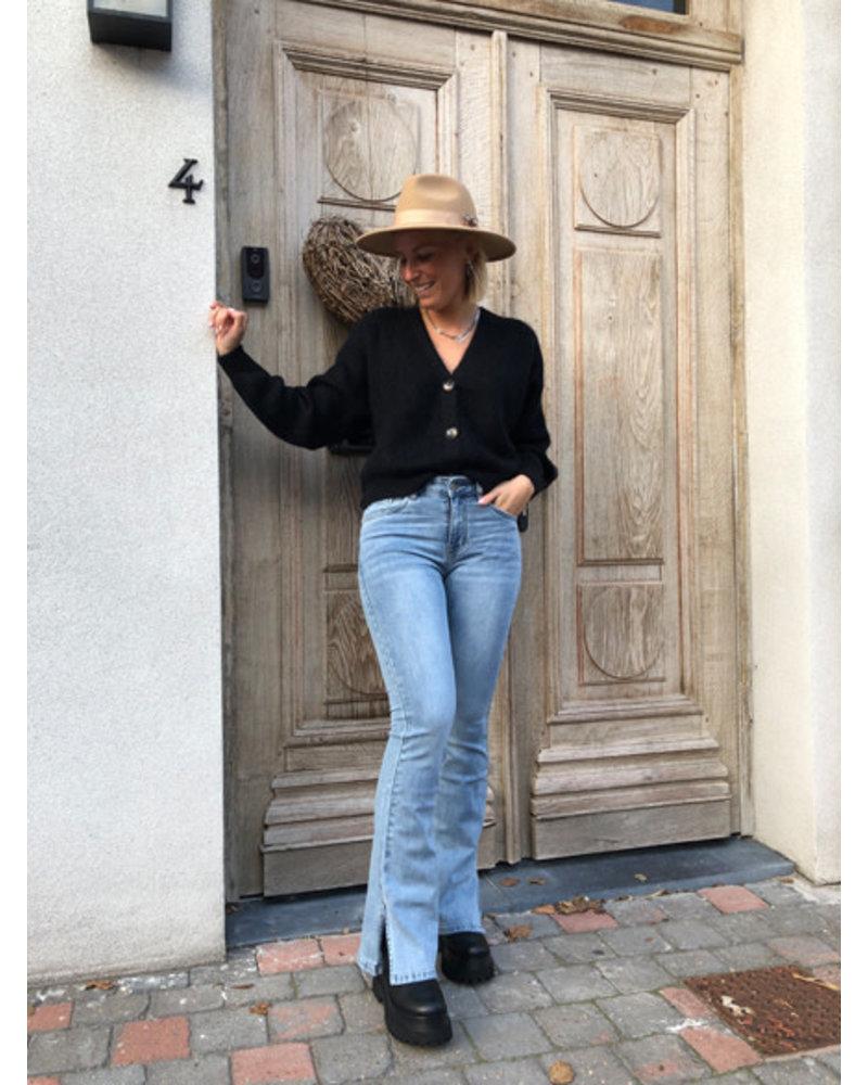 Splitted jeans light blue