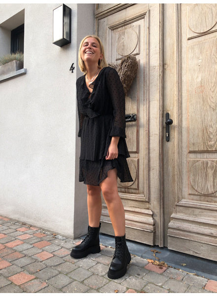 Ella dress black