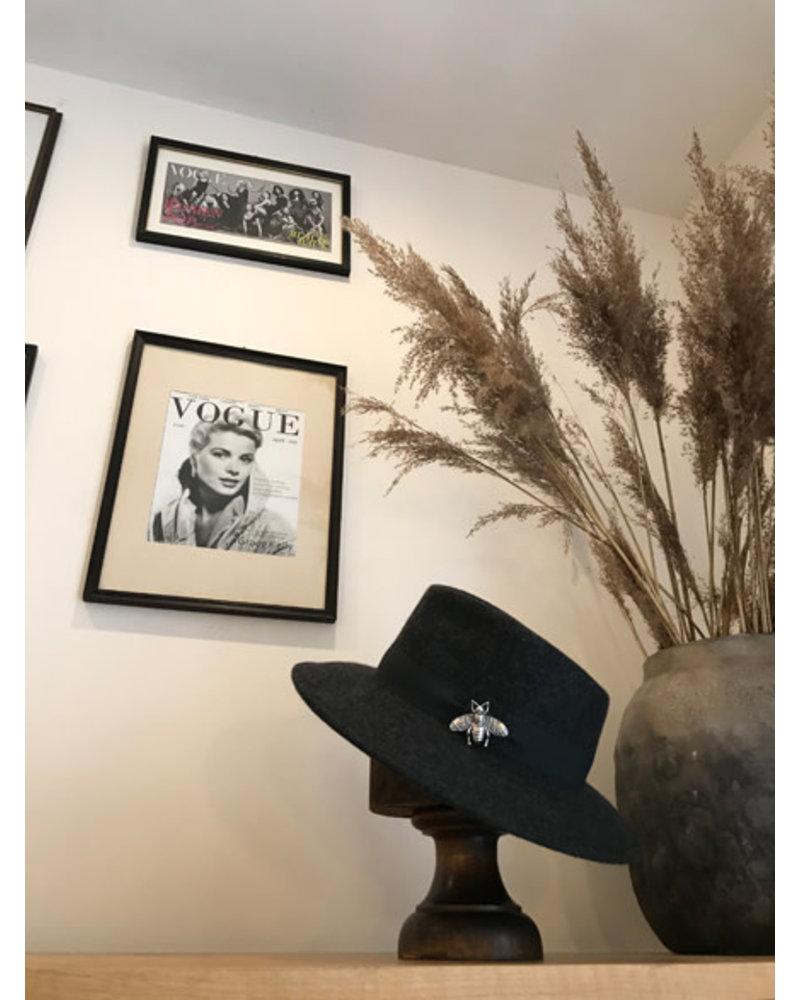 Hat dark grey