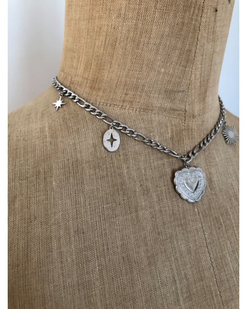 Heart chain necklace silver