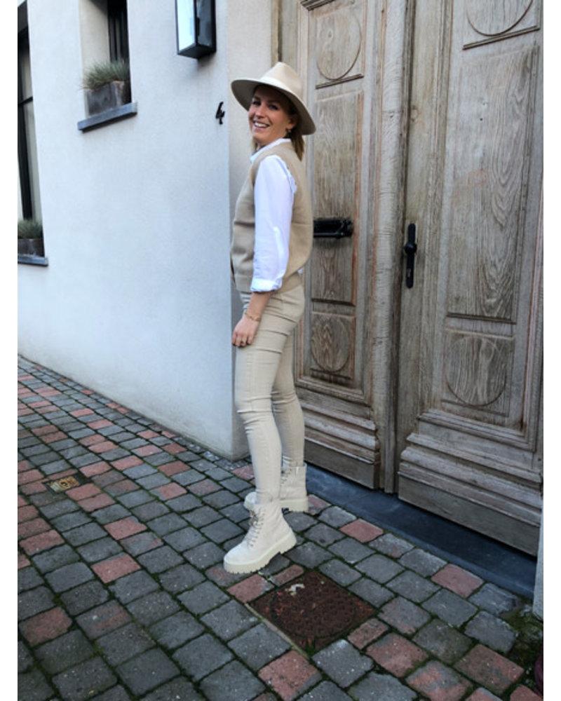 Helen spencer beige