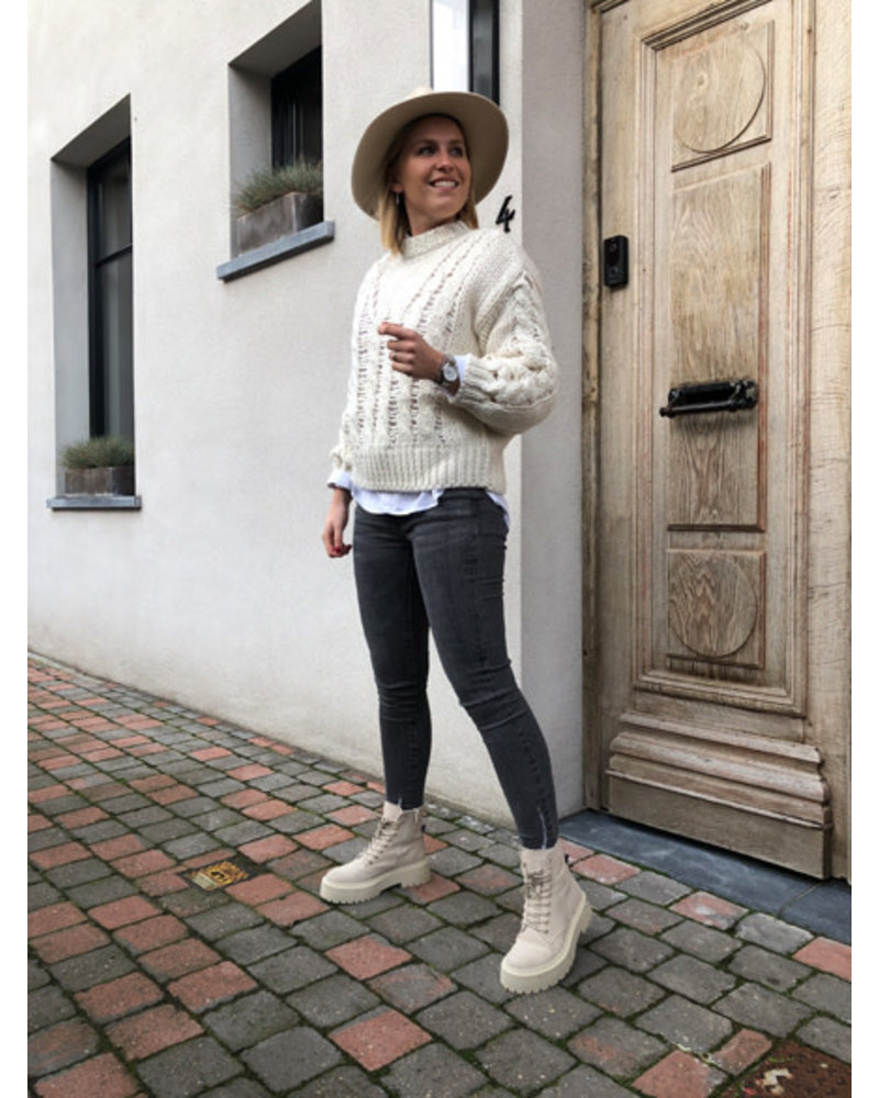 NA-KD raw knit polo cream